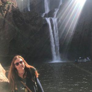 widok na najwyższe wodospady w Maroku , wodospady Ouzud